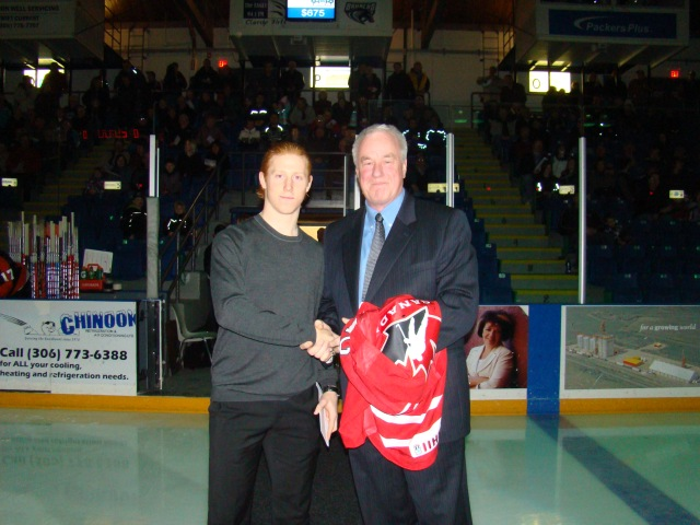 Cody Eakin honoured after playing at World Juniors (photo from scbroncos.com)
