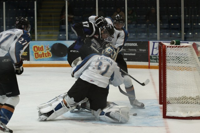 Adam Lowry goes to the net against Kootenay last season (Photo by Darwin Knelsen)