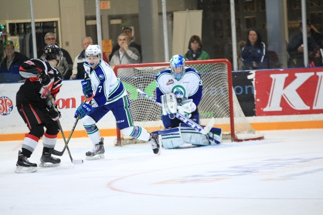 Landon Bow against the Warriors (photo by Darwin Knelsen for scbroncos.com)