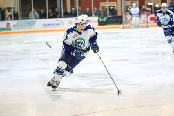 Glenn Gawdin (photo by Darwin Knelsen for scbroncos.com)